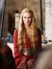 E por fim, Cersei, a rainha