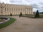 Passeando pelo meu castelo (imagina se Luís XVI lê uma ousadia dessas?)